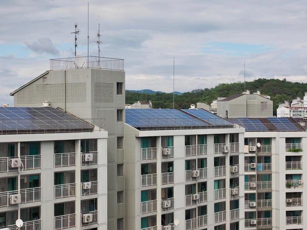 Fotovoltaico in condominio : è l'inizio delle comunità energetiche ?
